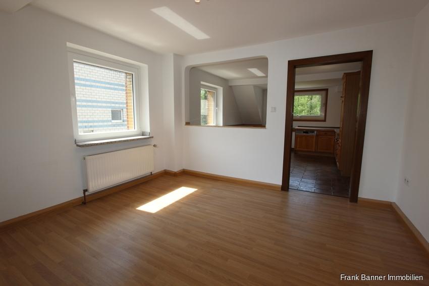 Helle 2 Zimmer mit EBK im schönen Düsseldorf-Unterbach - Wohnen